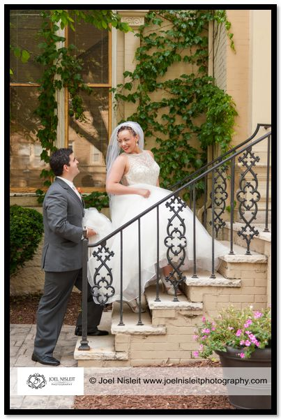 villa filomena wedding milwaukee photographer bride groom steps