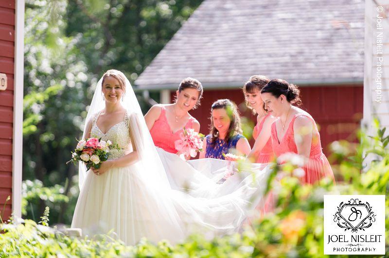 wedding photo locations near hartford richfield historical park
