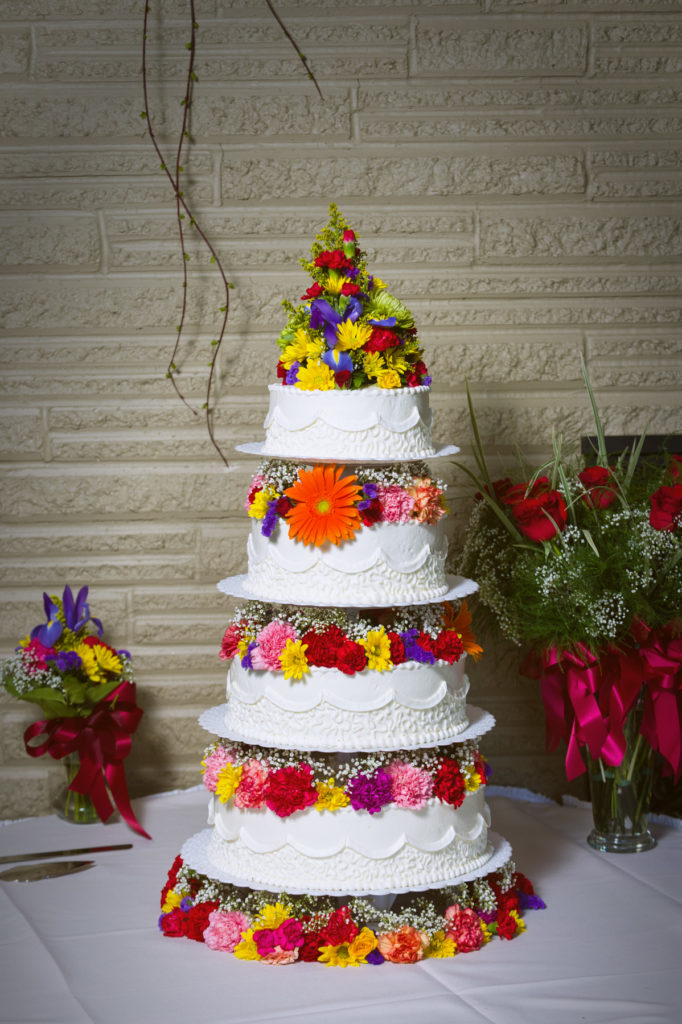 beaver dam country club wedding cake
